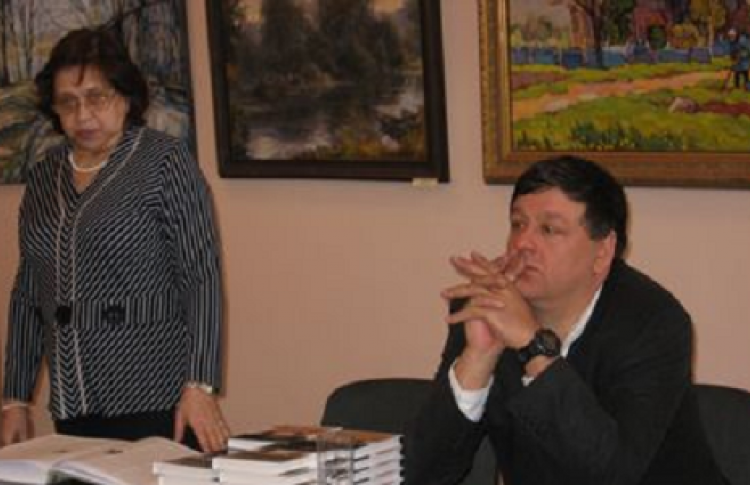 Петр Алешковский