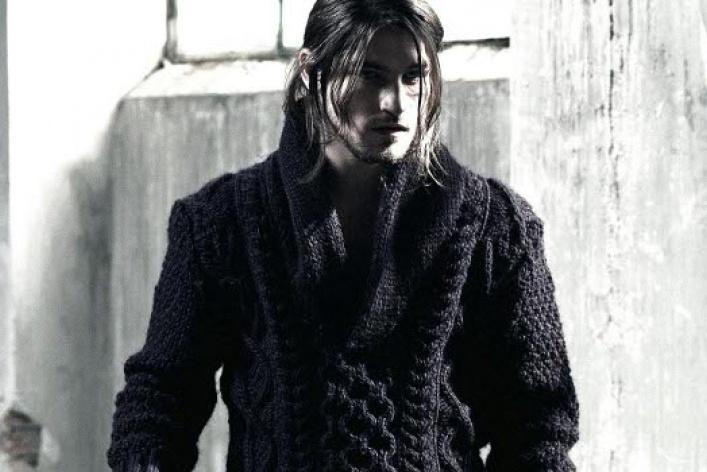 Bershka выпустили линию базовой мужской одежды