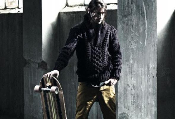 Bershka выпустили линию базовой мужской одежды - Фото №5