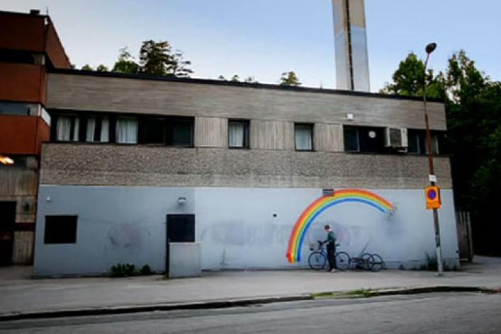 Новый фильм самого знаменитого граффитчика Бэнкси покажут бесплатно