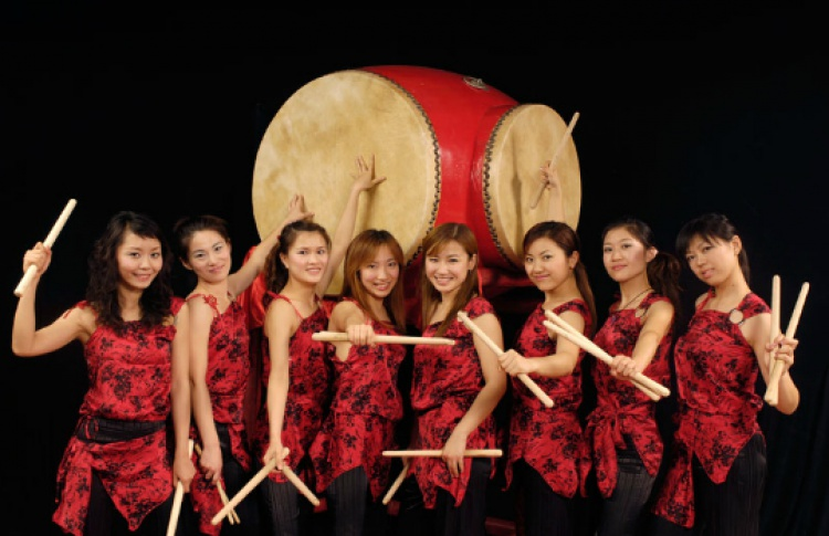 Red Poppy Percussion Ladies