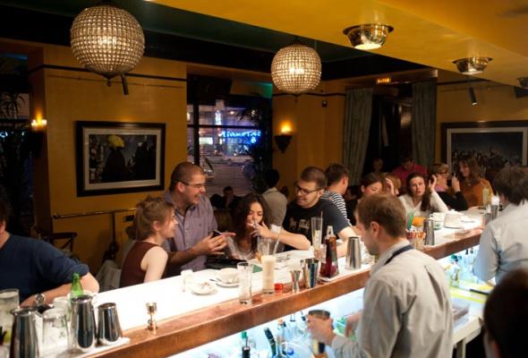 6самых жарких баров - Фото №2
