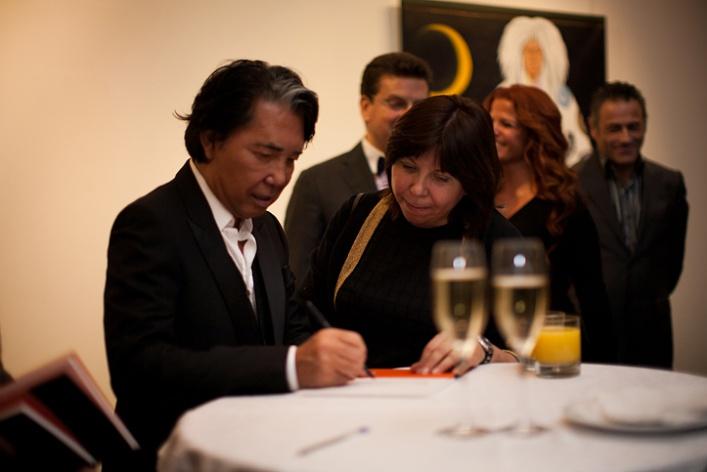 Фоторепортаж: выставка Кензо Такада