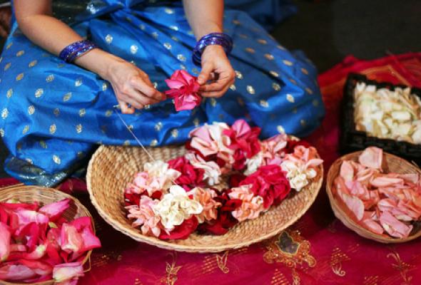 Новый год с ароматом индийских специй - Фото №1
