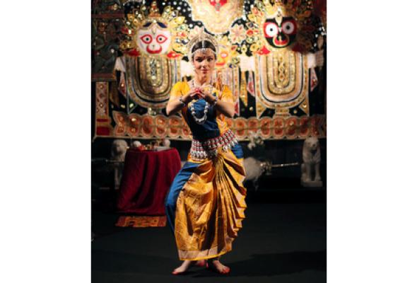 Новый год с ароматом индийских специй - Фото №2