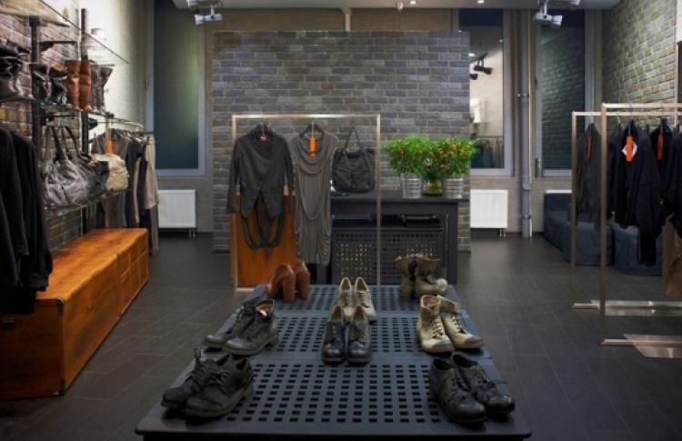 Новый бутик концептуальной одежды DISDRESS