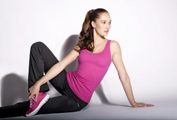 Reebok выпустил моделирующую спортивную одежду для женщин - Фото №0