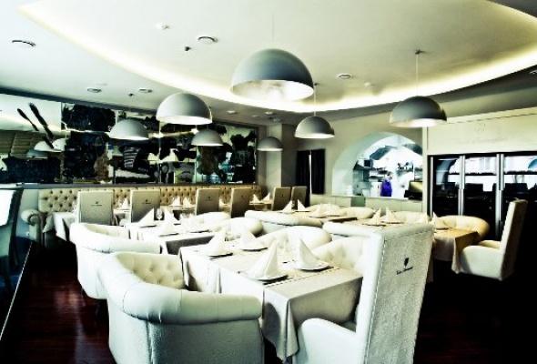 Tonino Lamborghini Boutique Caffe - Фото №6