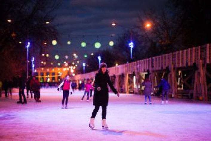 Где покататься наконьках— лучшие катки Москвы