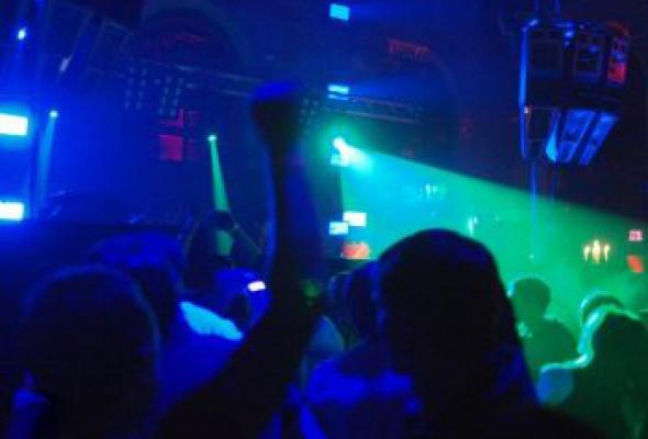 Белые ночи. Лучшие клубные вечеринки этой зимы - Фото №2