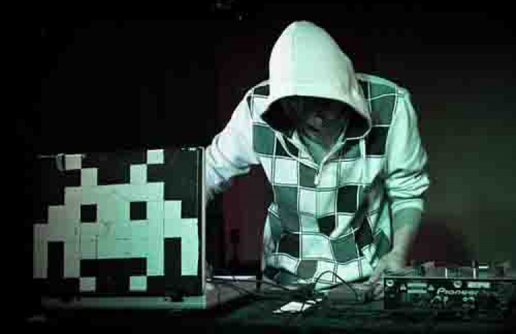 Скви-вечеринка. Эктро Усик (Румболово), DJ Pepelaz A.B. (live), Snork25 (live, Москва), Wladie, selecta