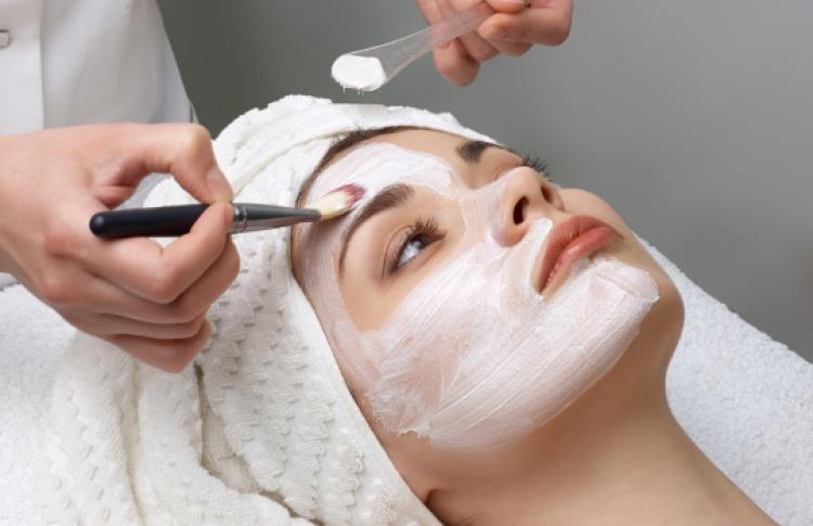 Экспресс-процедуры для лица изоны декольте Heliabrine