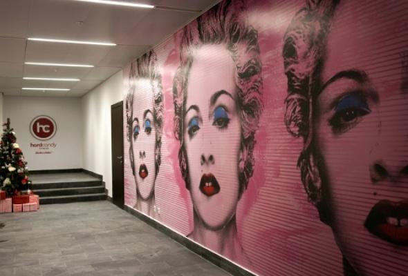 Мадонна открыла фитнес-клуб вцентре Москвы - Фото №2