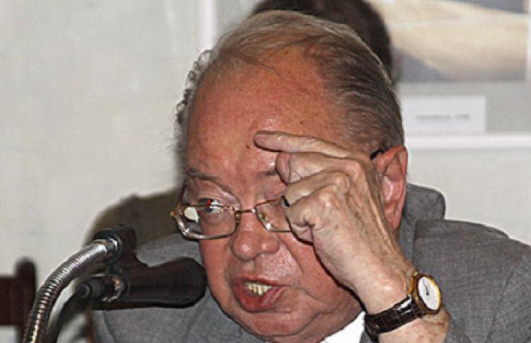 Николай Шмелев