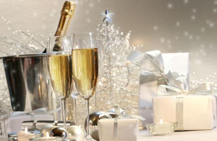 9ресторанов, где встречают старый Новый год