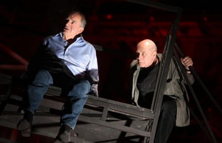 Спектакли московских театров можно смотреть вСети