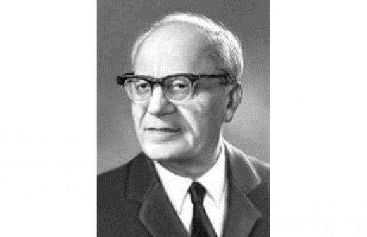 Петр Бровка