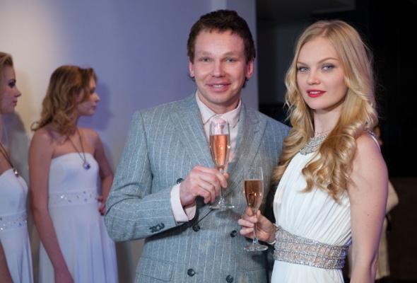 Clarins Group иSwarovski презентовали новый парфюм - Фото №5