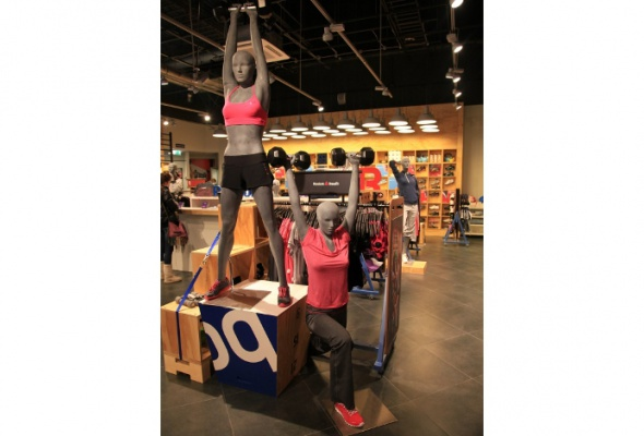 Reebok открыл первый вмире магазин-спортзал FitHub - Фото №3