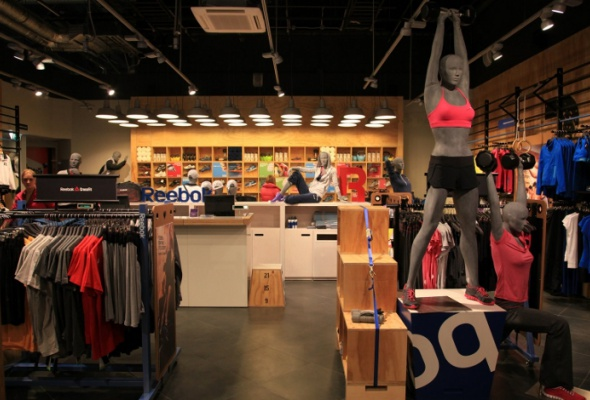 Reebok открыл первый вмире магазин-спортзал FitHub - Фото №7