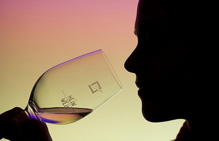Мир вина. Крепкие напитки и сорта винограда