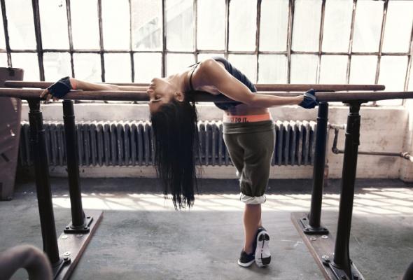 Nike представил новую весеннюю коллекцию для женского тренинга - Фото №6