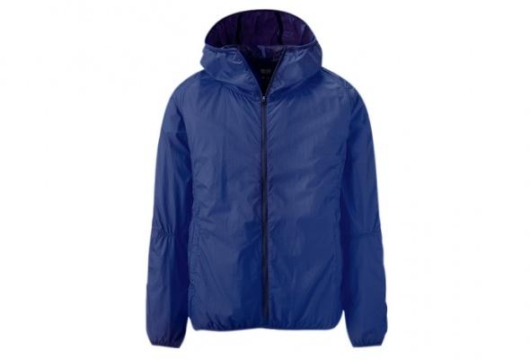 ВUniqlo появились цветные нейлоновые куртки квесне - Фото №2