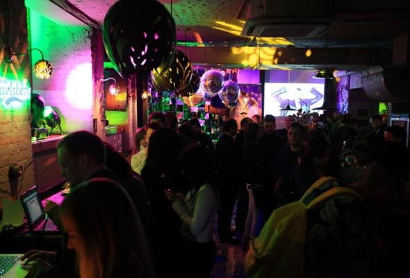 11февраля 2012: Barry Bar - Фото №11