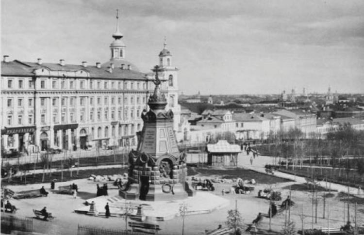 Храмы-памятники в Москве