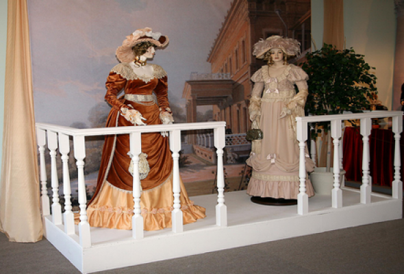 История человечества в куклах - Фото №1