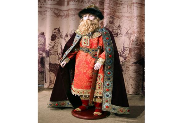 История человечества в куклах - Фото №3