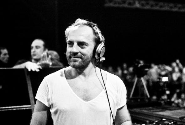 DJ Henrik Schwarz - Фото №1