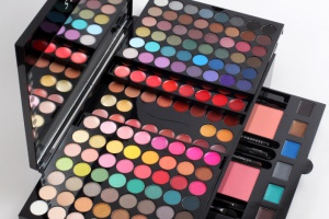 Sephora выпустила новую палетку Makeup Studio Palette