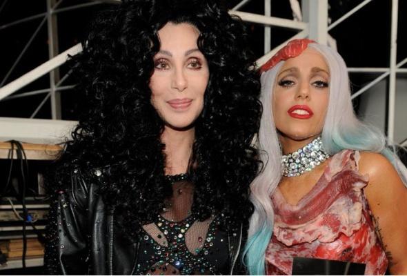 Леди Гага выпускает дуэт сШер - Фото №0
