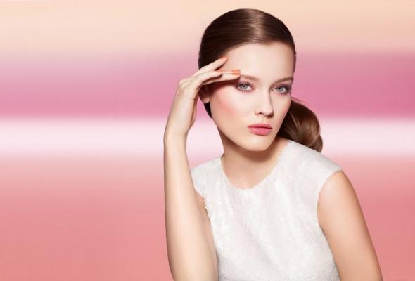 Весенняя коллекция макияжа Harmonie dePrintemps отChanel - Фото №0