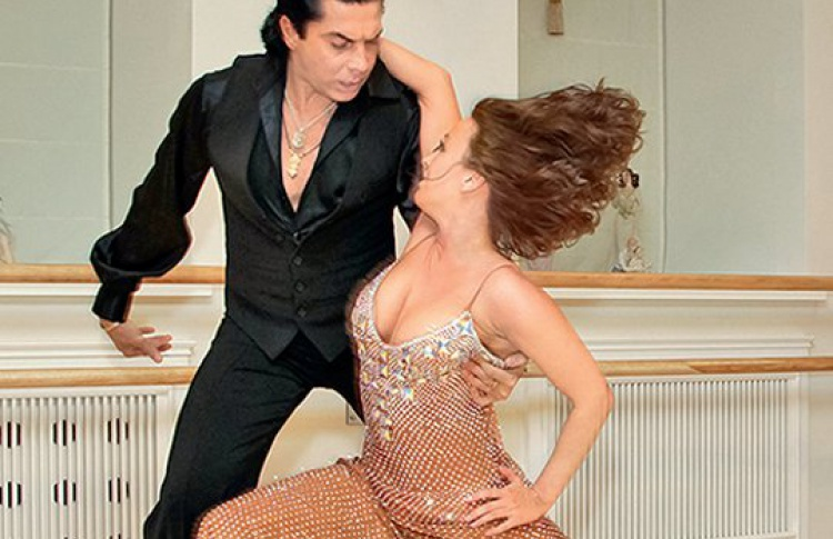 Открылся Дом танца, где можно научиться вальсу, ча-ча-чаистриптизу