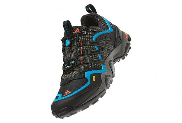 Adidas выпустил кроссовки для горных восхождений - Фото №3