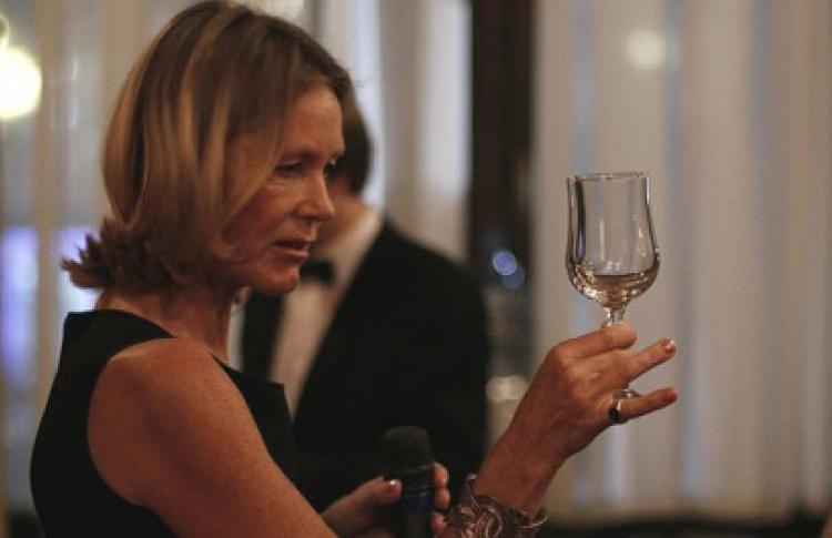 Беседы о безупречных манерах за ужином с графиней Мари де Тилли