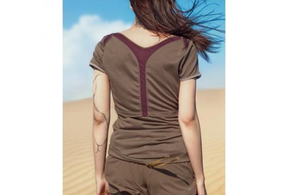 Nike иUndercover выпустили первую линию женской одежды для бега - Фото №2