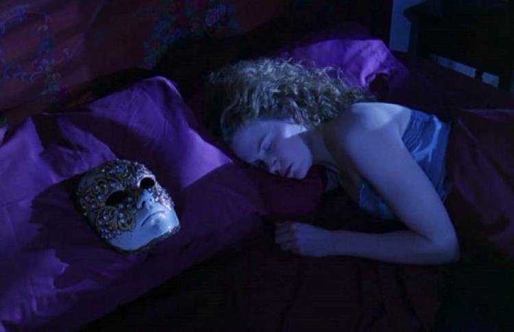 «Нестареющее кино»: «С широко закрытыми» глазами