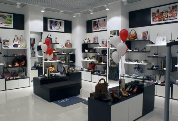 SOHO открывает три новых обувных магазина - Фото №1