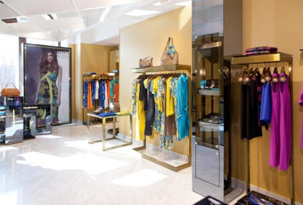 ВГУМе появился один изсамых больших вмире бутиков Versace Collection - Фото №0