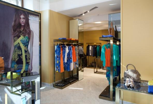 ВГУМе появился один изсамых больших вмире бутиков Versace Collection - Фото №1