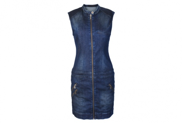 Calvin Klein Jeans выпустил весеннюю коллекцию встиле casual - Фото №1