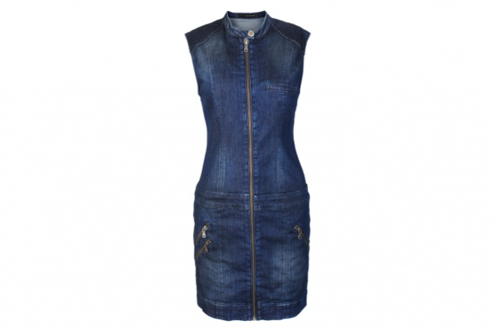 Calvin Klein Jeans выпустил весеннюю коллекцию встиле casual