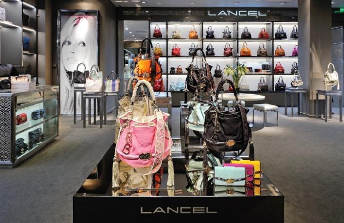Галерея сумок Lancel появилась в«Атриуме»