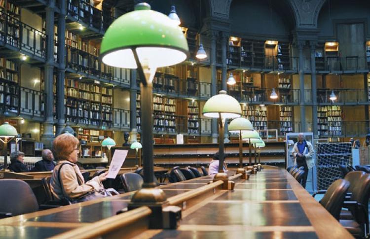 Вночь с20на21апреля будут открыты библиотеки икнижные магазины