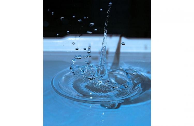 Вода по правилам и без