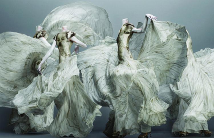 Мода в контексте музея на примере выставок музея Victoria & Albert