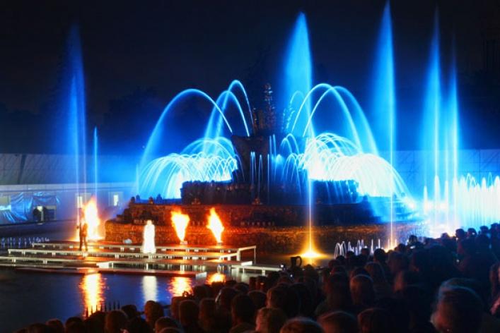 9самых красивых фонтанов Москвы